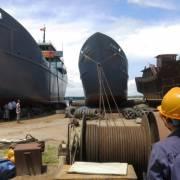 Hạ thủy hai tàu vỏ thép lớn đánh bắt ở Trường Sa
