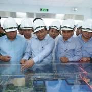 Thủ tướng thị sát hệ thống xử lý nước thải tại Formosa