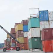Nỗi lo hàng bị 'ách' tại cảng vẫn ám ảnh doanh nghiệp