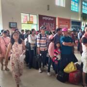 Du lịch: Muôn nẻo khổ vì hàng không