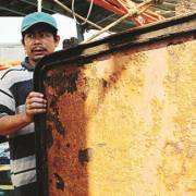Vụ tàu vỏ thép hư hỏng: tiếp tục 'khua vòi đá trách nhiệm'?