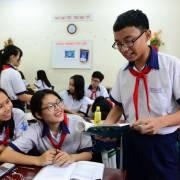 Đề xuất miễn học phí đến lớp 9, nhà giáo hưởng lương cao nhất