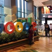 VCCI: Buộc Google, Facebook đặt máy chủ ở Việt Nam là trái với cam kết quốc tế
