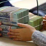 Cho phá sản đối với ngân hàng yếu kém