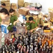 Triệt phá đường dây sản xuất rượu giả quy mô lớn tại TP.HCM