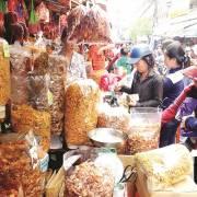 Hàng chợ thành thực phẩm 'nhà làm'?