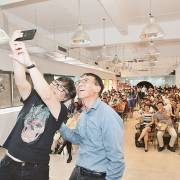 Chuyện startup: bạn đã sẵn sàng gặp gỡ 'siêu nhân'?