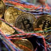 Bitcoin rớt giá mạnh nhất lịch sử