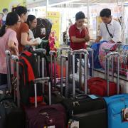 'Đất sống' cho các sản phẩm thuần Việt ngày càng bị thu hẹp