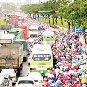 Giao thông cận tết: quá tải, ùn tắc khắp nơi