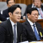 'Thái tử' Samsung chỉ bị phạt tù treo hơn 2 năm