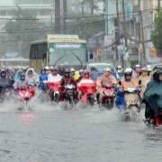 TP.HCM phát triển trong ngập lụt