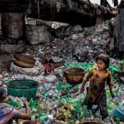 Không thể dửng dưng với rác nhựa