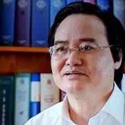 Lần đầu tiên Bộ trưởng GD-ĐT trả lời báo chí về bê bối điểm thi THPT