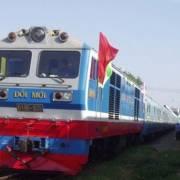 Lỗ nặng nề, đường sắt xin hỗ trợ giá để duy trì chạy tàu an sinh