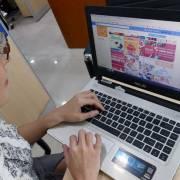 Hàng Trung Quốc trên chợ điện tử: kiện hàng dỏm, người bán… mất tích