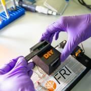 Đại học Texas chế tạo thiết bị phát hiện giống muỗi truyền bệnh