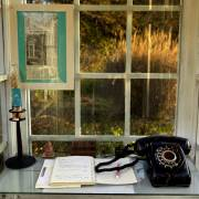 Chuyện đời thường: lời gió qua phone