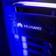 Huawei kiện một startup của Mỹ