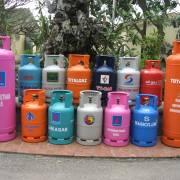 Giá gas tháng 10 tăng thêm 12.000 đồng/bình 12kg