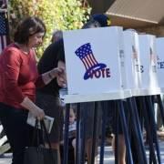 Bầu cử Mỹ: Đảng Dân chủ kiểm soát Hạ viện, đảng Cộng hòa giữ được Thượng viện