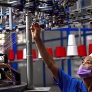 Nguy cơ và cơ hội của Việt Nam trong cuộc chiến thương mại Mỹ – Trung