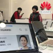 Trung Quốc triệu đại sứ Canada, cảnh báo 'hậu quả nghiêm trọng' của vụ bắt CFO Huawei