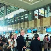 Vé máy bay còn nhiều, vé tàu khó mua chặng ngắn dịp Tết Nguyên đán