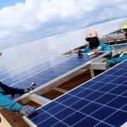 Lo điện mặt trời đi theo 'vết xe đổ của Trung Quốc'