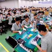Được ưu đãi nhiều, các tập đoàn đa quốc gia vẫn chỉ mang đến 'gia công, lắp ráp'