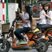 Đi xe đạp điện đòi bằng lái: vô lý!