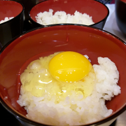 Lần đầu tiên Việt Nam có trứng gà tươi ăn liền
