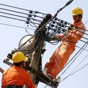 Doanh nghiệp tìm cách thích ứng với giá điện tăng