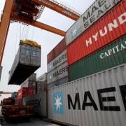 Mỹ tăng mạnh nhập khẩu hàng hóa từ Việt Nam