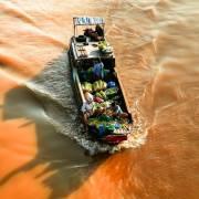 [Photo] Nhịp đời trên những dòng sông miền hạ