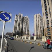 Giá nhà tăng nhanh, thêm thách thức chính sách với Trung Quốc