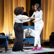 Becoming – Chất Michelle (kỳ 2): Khoảnh khắc yếu mềm của Barack Obama