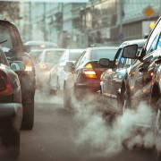 Ô nhiễm không khí tàn phá phổi như hút một gói thuốc/ngày