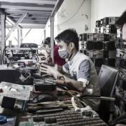 Cổ phiếu blockchain Trung Quốc tăng kịch trần