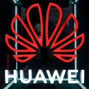 Mỹ bắt đầu cấp phép một số mặt hàng 'không nhạy cảm' cho Huawei