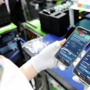 Xuất khẩu tháng 10 của Việt Nam sụt giảm vì Samsung