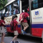 Bộ GD-ĐT đề nghị có quy định tiêu chuẩn xe ô tô đưa đón học sinh
