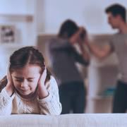 Sang chấn sẽ gây hại cho đứa trẻ suốt đời