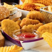 Ăn nhiều chất béo trans, nguy cơ sa sút trí tuệ tăng 75%