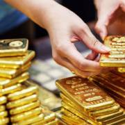 Nhà đầu tư vàng lỗ gần chục triệu đồng/lượng