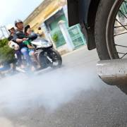 TP.HCM thí điểm kiểm tra khí thải, loại xe máy cũ