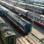 Bị hàng không cạnh tranh gay gắt, đường sắt tiếp tục sụt giảm