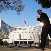 Trung Quốc bơm 14,33 tỷ USD vào thị trường