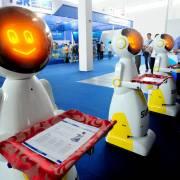 Trung Quốc đưa robot y tế vào chống dịch nCoV