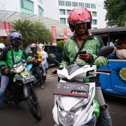 Chính phủ Indonesia giãn nợ một năm cho các doanh nghiệp vừa và nhỏ